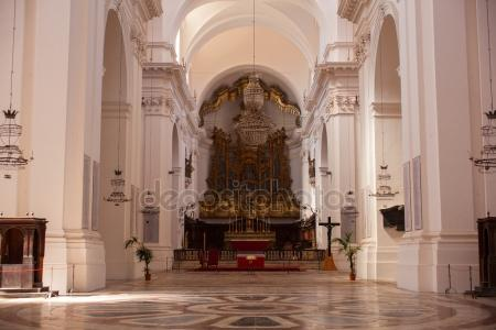 depositphotos_107154430-stock-photo-cathedral-of-san-nicholas-larena